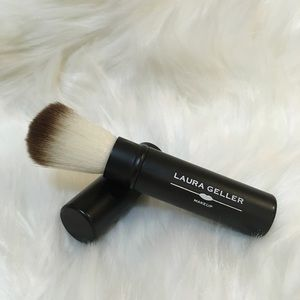 NEW Laura Geller Retractable Baked Powder Brush